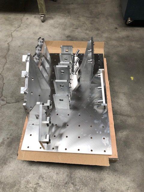 Base d'un gabarit de contrôle réalisé en aluminium